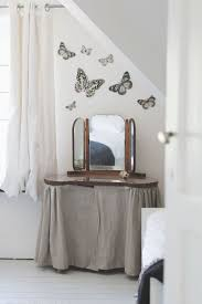 Small Moths In Bedroom 17 Best Images About Butterfly Moth Caterpillar On Pinterest