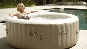 aldi s best ing inflatable hot tub is back for 2018 how to get yours before anyone else