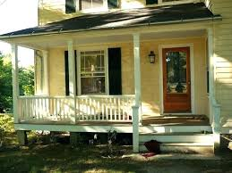 what color shutters on a yellow house por of red door black and love these colors