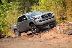 2016 Toyota Tacoma Review - AutoGuide.com News