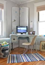 Home office decorating ideas nyc Built Unassumingly Elegant Shabby Chic Home Office Of New York Home design Kelly Donovan Decoist 30 Gorgeous Shabby Chic Home Offices And Craft Rooms