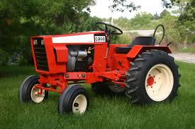 case garden tractor. Case Garden Tractor , 1977 1st Year They Were ALL Flambeau RedMy Son And I Worked On It { Off } For Over A O
