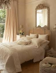 Interior design bedroom vintage Bohemian This Room Seems Relaxed And Calming To Me Love The Creamy Colors The Look Overall Is Appealing Wall Color And Molding Also Are Noted Pinterest 17 Wonderful Ideas For Vintage Bedroom Style Home Pinterest