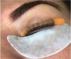 lashing out dangerous beauty trends