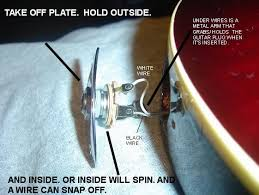 broken input jack wire ultimate guitar if your input jack ever becomes lose the best thing to do is to tighten it while holding the inner portion still like shown in the picture