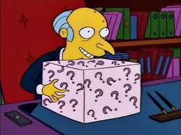 Воришка попытался стащить посылку, но внутри ждал сюрприз