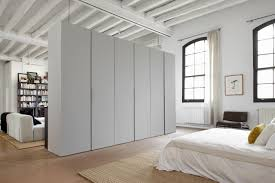Mesmerizing Home Interior Design And Decoration Using Loft Room Divider :  Magnificent White Bedroom Decoration Using ...