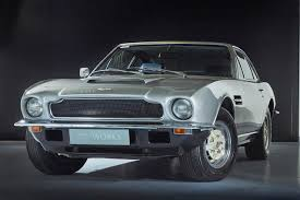 aston martin v8. aston martin v8: buying guide and review (1972-1989) v8