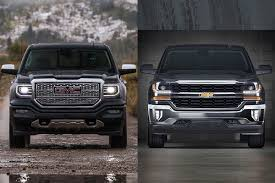 2018 GMC Sierra vs. 2018 Chevrolet Silverado: What's the Difference ...