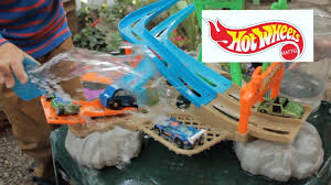 hot wheels h2o race rally water park playset kids playing with