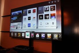 Tony Hands-on with LG\u0027s 100-inch Hecto Laser TV | TechHive
