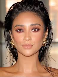summer makeup for light brown skin highlighting your eyes is always a good idea right mixing