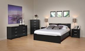 Bedroom Sets For Cheap In Nyc Laddenfield Classic Poster King - Cheap bedroom sets atlanta