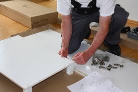 Risultati immagini per assemblaggio mobili
