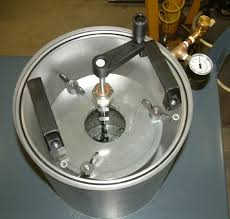 top view of manual mixing vacuum chamber
