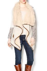 mystree sherpa vest front cropped image