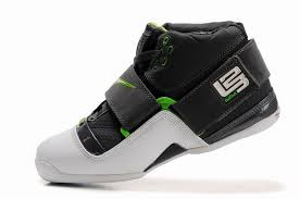 lebron 4 shoes. nike zoom lebron iv white black green,hyperdunk team basketball shoes,uk official online lebron 4 shoes