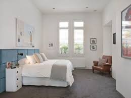 Small Bedroom With Grey Carpet And White Walls Selecting The - Grey carpet bedroom