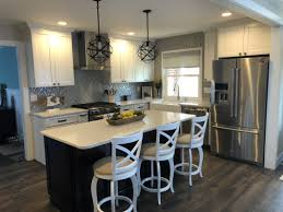 Kraftmaid Vantage Cabinetry And Silestone Countertop Kitchen