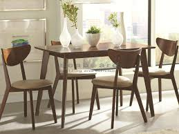 stylish and retro this kersey mid century dining table set 5 pc are