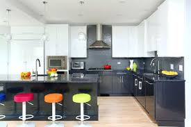 two tone kitchen cabinets sleek and modern two tone kitchen cabinets 2 tone kitchen cabinets photos
