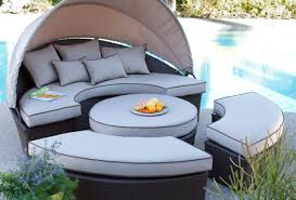 furniture Likable Modern Outdoor Resin Furniture Un mon Modern