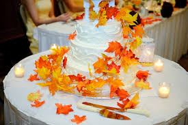 Flavorful Fall Wedding Cakes