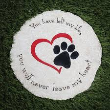 round pet memorial garden stone and wall hanging indoor outdoor heart and paw print plaque for dog or cat