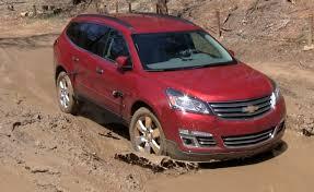 2013 Dodge Durango vs Chevy Traverse Muddy Off-Road Mashup Review ...