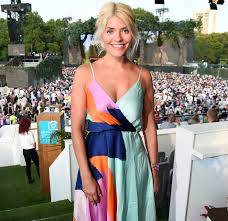 When browsing the internet you may come across her weight loss story articles. Holly Willoughby Breaks Silence Around Recent Weight Loss