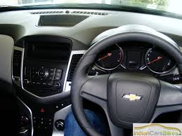 Chevrolet Cruze Review, Chevy Cruze Car Road Test Drive Report 2010