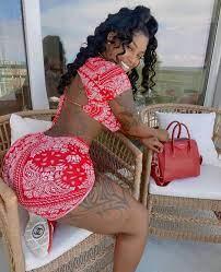 Big Booty Brazilian Lesbian