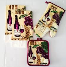 Wine Themed Kitchen Wine Kitchen Set With Towels Oven Mitt And Pot Holder Wine
