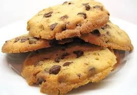Kue ini terkenal dengan sebutan good time atau cookies coklat alias choco chip cookies. Cara Membuat Cookies Coklat Good Time Yang Mudah Carapedi