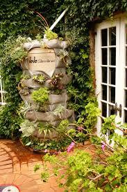 diy vertical garden water tank