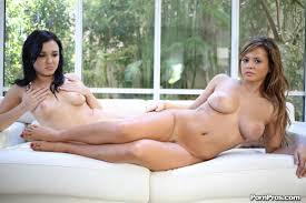 Olga Snow and Keisha Grey share some big fat cock PornPros 16.