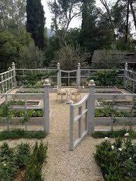 garden fence. Via Brendangibbonsco.com Garden Fence