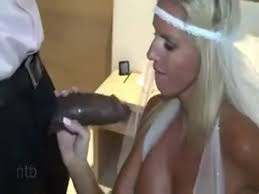 Amature blonde bride face fucked