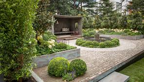 Our Gardening Expert, Charlie Albone, tells us all about his top 5 gardens  from the 2014 Melbourne International Flower and Garden Show.