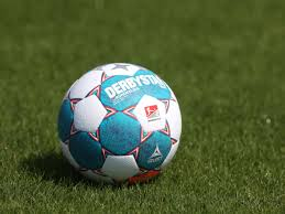 We would like to show you a description here but the site won't allow us. Fussball Heute Live Diese Spiele Laufen Im Tv Und Live Stream Am 03 09 2021 Fussball