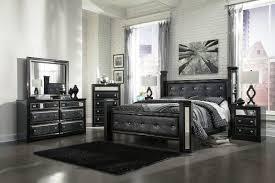 Black bedroom furniture Red Image Of Black And Mirrored Bedroom Sets Nhfirefightersorg Maximize Space With Mirrored Bedroom Furniture Nhfirefightersorg