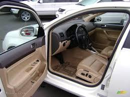 2005 Jetta 2.5 Sedan - Campanella White / Pure Beige Photo #6