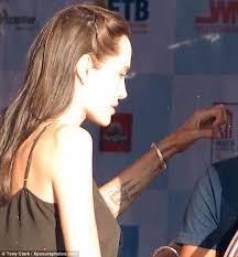 анджелина джоли сделала новое тату звезды и знаменитости шоу
