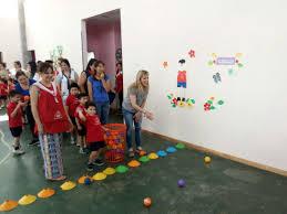 Son muchos los docentes de nivel inicial que llevan a sus salas propuestas con juegos para la enseñanza del número. Cierre Del Proyecto De Juegos Tradicionales En Nivel Inicial Uace