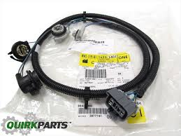 oem new rear left driver's tail light lamp wiring harness 03 07 tail light pigtail connector at 2003 Chevy Truck Tail Light Wiring Module