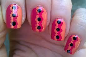 Life World Women: Orange & Pink Flower Nail Art Design