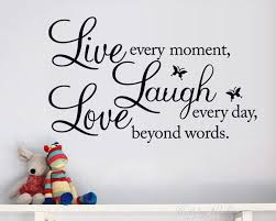 live laugh love es wall decal