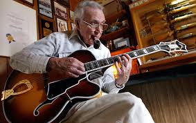 """Johnny Smith, """"Walk, Don't Run"""" guitarist, has died at 91"""