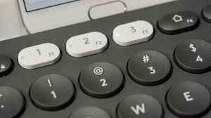 Универсальная <b>клавиатура Logitech K780</b> для разных устройств ...