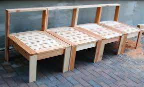 Homemade Outdoor Furniture Made From Wood Pallets